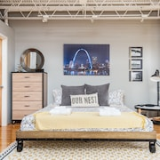 OUR Nest in Soulard - St Louis MO, a Loft With Style and Comfort in a Great Area