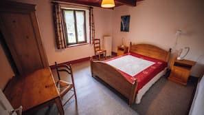 8 chambres, fer et planche à repasser, Wi-Fi