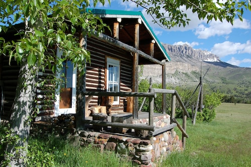 Wild Country Luxury Cabin Near THE BOB Marshall Wilderness!