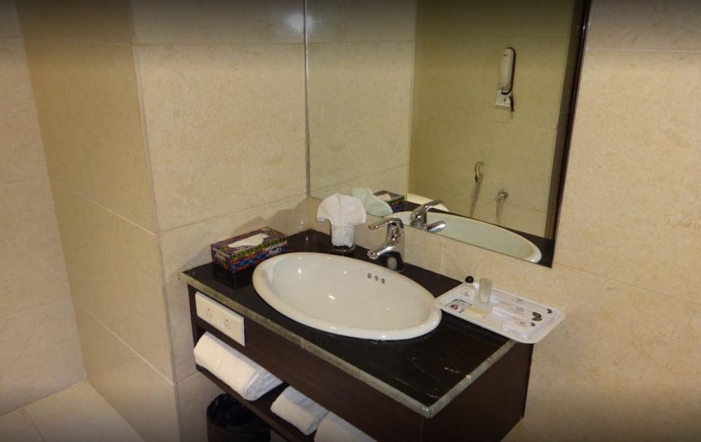 Bathroom, Hotel Holiday Home Ranchi