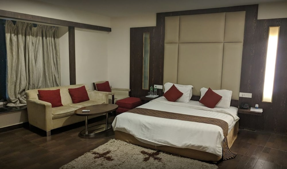 Featured Image, Hotel Holiday Home Ranchi