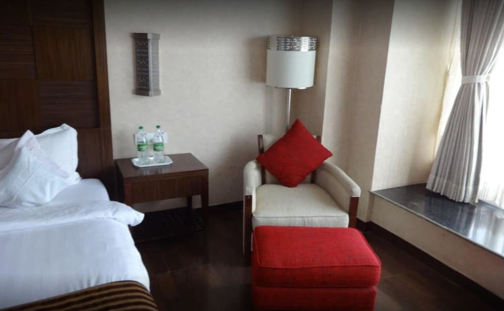 Room, Hotel Holiday Home Ranchi