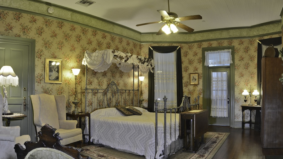 McFarlin House Bed and Breakfast