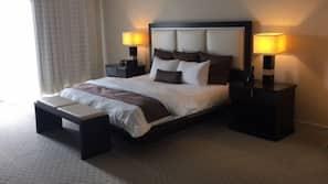 3 bedrooms, desk, soundproofing, free WiFi
