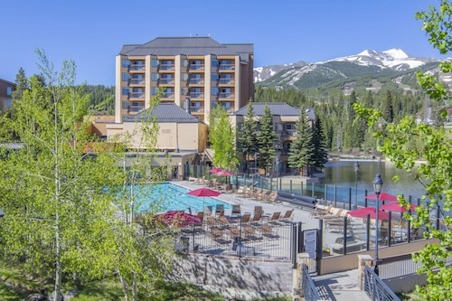 7231 Marriott Mountain Valley Lodge Ski-in/out Peak 9, Olympic Heated Pool!