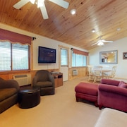 Newry Condo w/ Ski-in/ski-out Access to Trails, Shared Heated Pool!