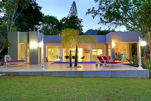 Belair Cottage - In Cape Town (Constantia)