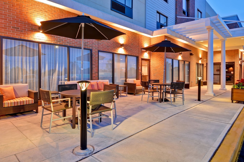 Front of Property - Evening/Night, TownePlace Suites by Marriott Bridgewater Branchburg