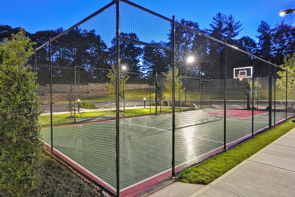 Sports Facility, TownePlace Suites by Marriott Bridgewater Branchburg