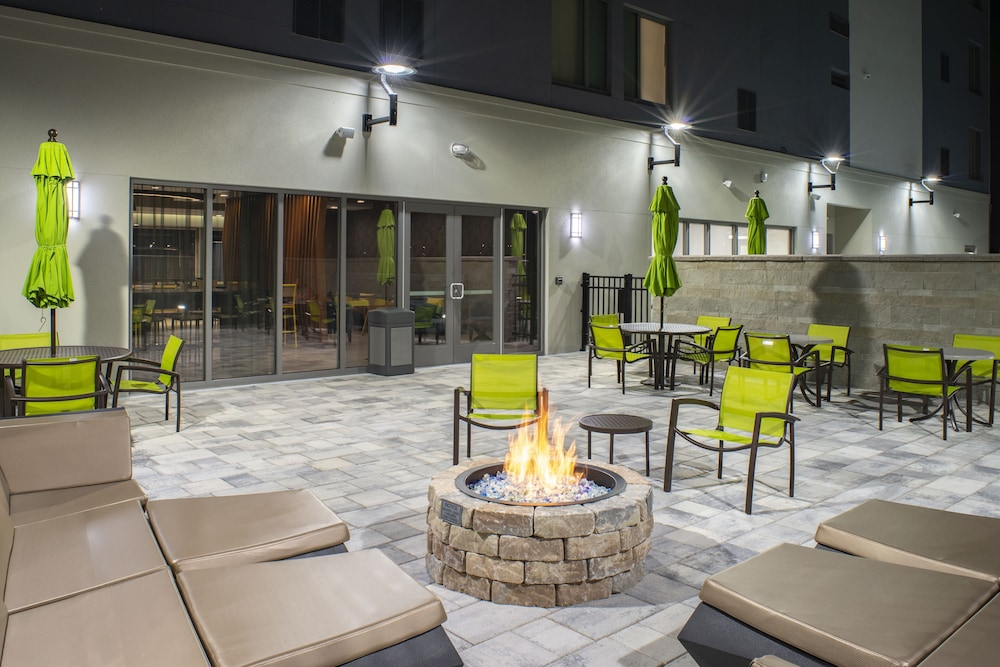 Lounge, SpringHill Suites by Marriott Tampa Suncoast Parkway