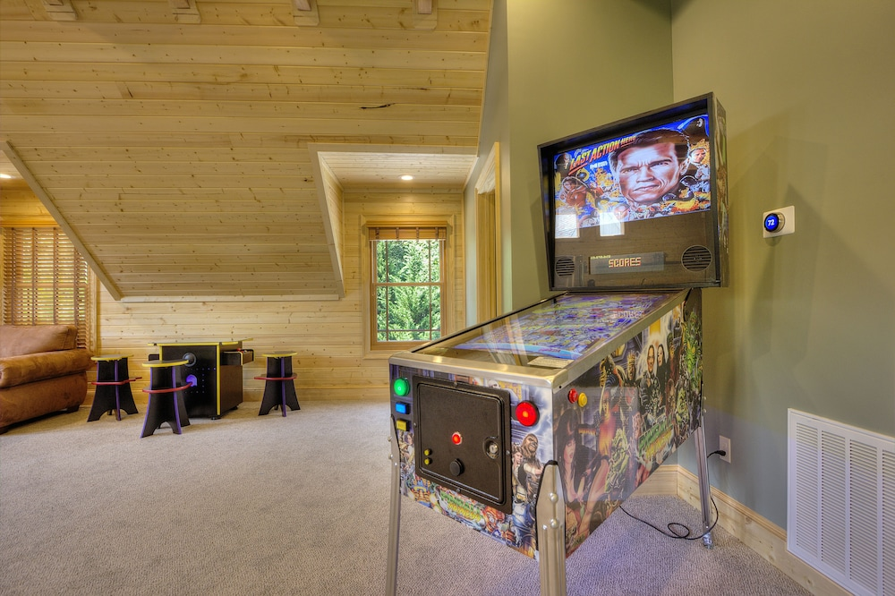 Miscellaneous, Birds Creek Mansion 650 - Six Bedroom Cabin