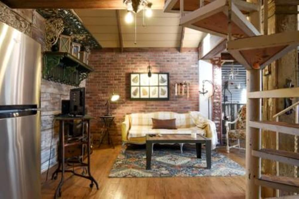 Living Room, New Listing! Charming Rustic/barn Carriage House Non-smoking