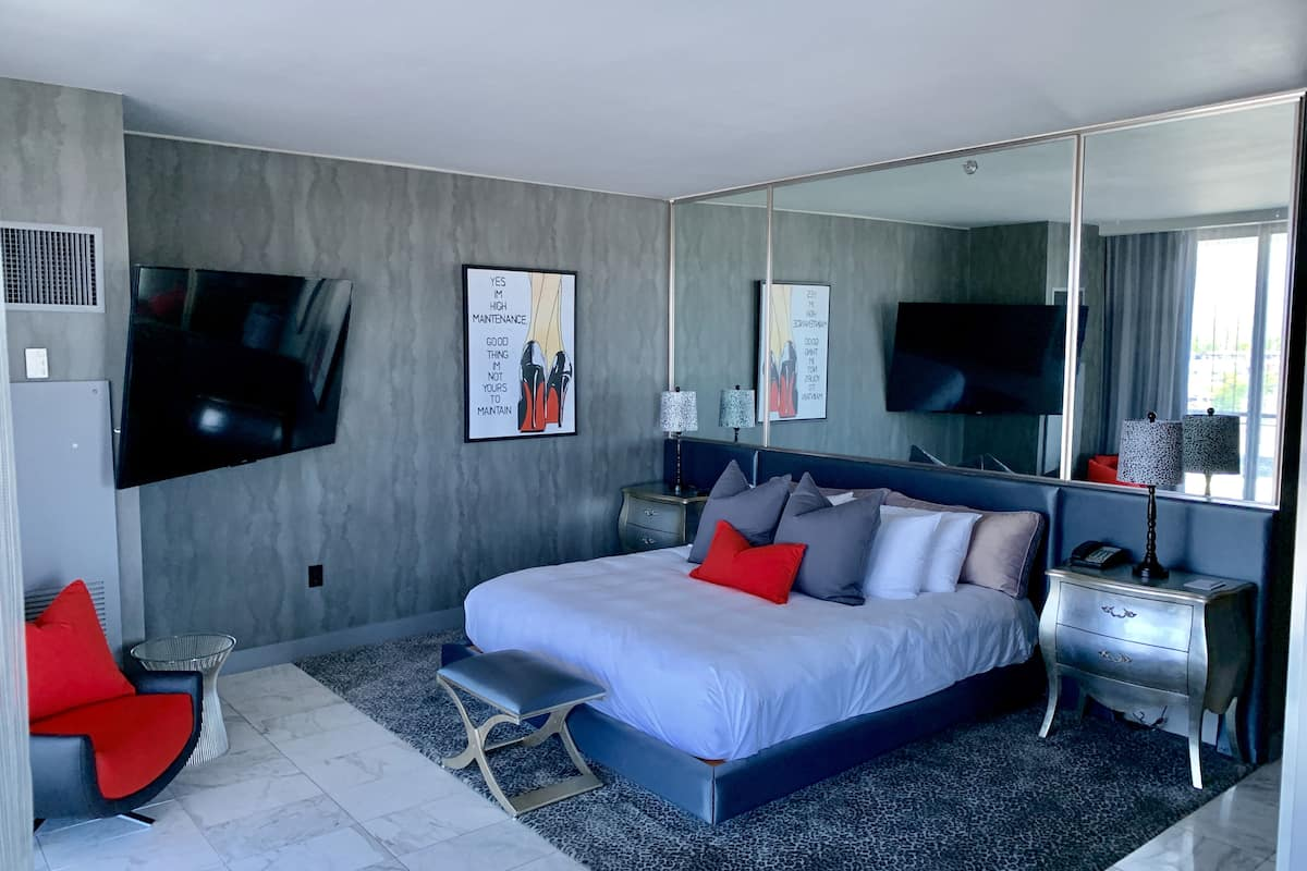 Ultra Luxury High Rise Suite In Las Vegas Nv Expedia