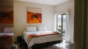 Individually decorated, individually furnished, bed sheets