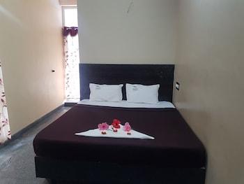 Dolphin Resort, Tirupattur: 2019 Room Prices & Reviews | Travelocity
