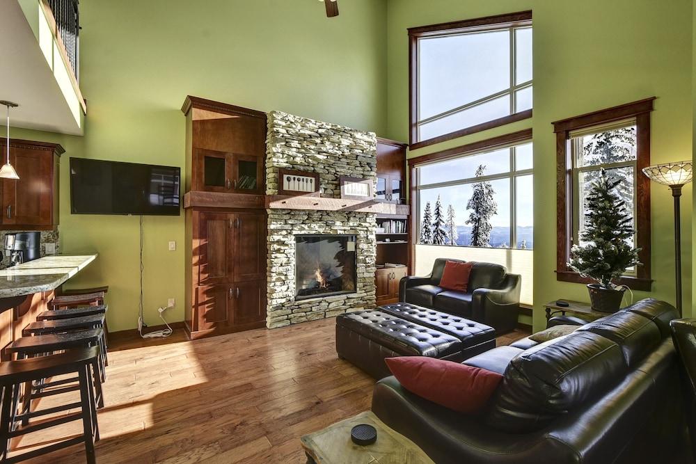 Powder Amazing View - 3 Bedroom Plus Giant Loft/games Room ...