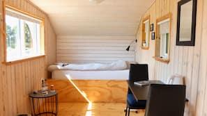 Skrivebord, ekstra senge (tillægsgebyr), gratis Wi-Fi, sengetøj