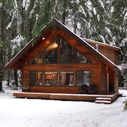 Greenwater Chalet/cabin - 3 bed + Loft - 2 Full Baths