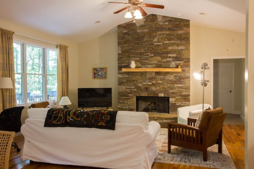 Great Place to stay Private Woodland Home in Sherwood Forest Community Close to Dupont near Brevard