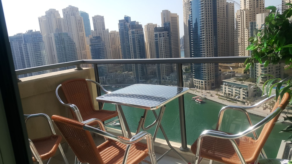Balcony, Luxury Apartment In The Heart Of Dubai Marina, No.1 Best Tower Next To The Beach