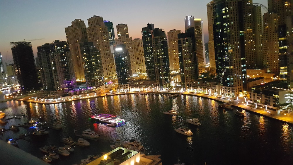 Pool, Luxury Apartment In The Heart Of Dubai Marina, No.1 Best Tower Next To The Beach