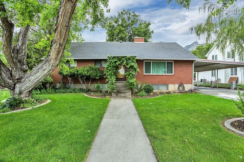 Charming Home Right By Byu With Large Yard