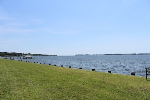 Waterfront Wildlife Retreat on the Patuxent River