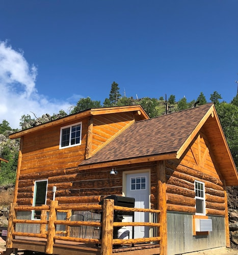 Big Mountain Cabins - A Modern Rustic Experience - New in 2018, Sleeps 2 to 6