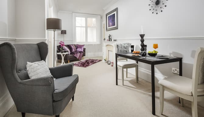 2 Bedroom Apartment In Birmingham Birmingham City Centre Expedia Vacation Rentals