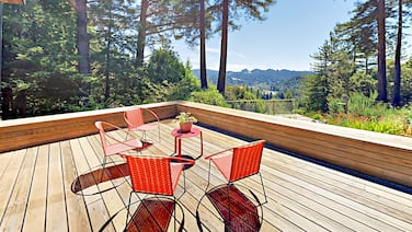 Magic Madrone - 2br W/ Private Hot Tub 2 Bedroom Home