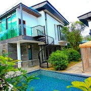 Moon River Villa No 10