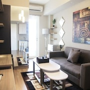 Deluxe and Comfortable The Springlake Summarecon Apartment