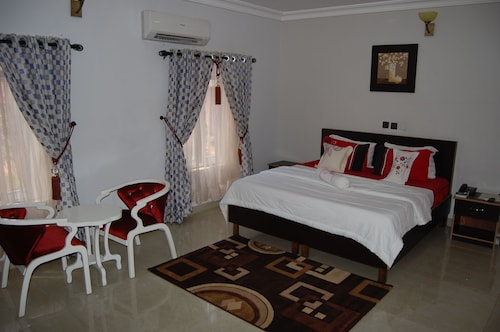 NUE-CREST HOTELS AND SUITES