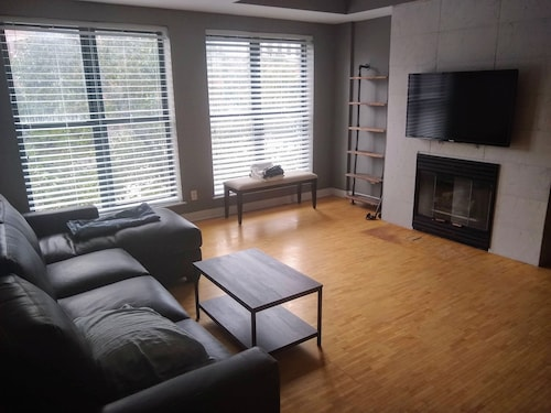 Great Place to stay Upscale Town House in Downtown Syracuse near Syracuse