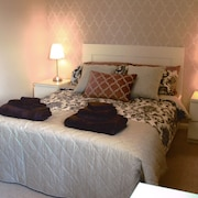 Mulberry Glasgow Airport 2 Bed Apartment