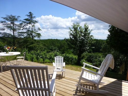 La Petite Vigne, French Country in the Heart of Historical Amboise