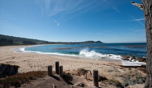 Beach Front Cottages With Stunning Views Abalone Cottage