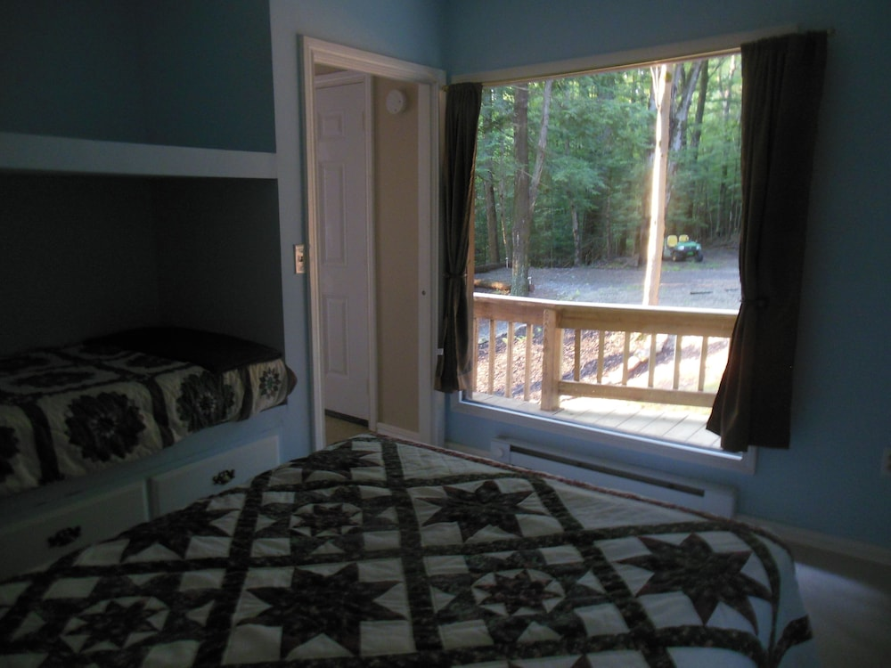 Room, New Listing! Serenity - Wellsville Cabin- Hiking, Biking & Wildlife Observation