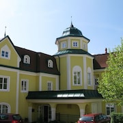 Kurhaus Dr. Petershofer