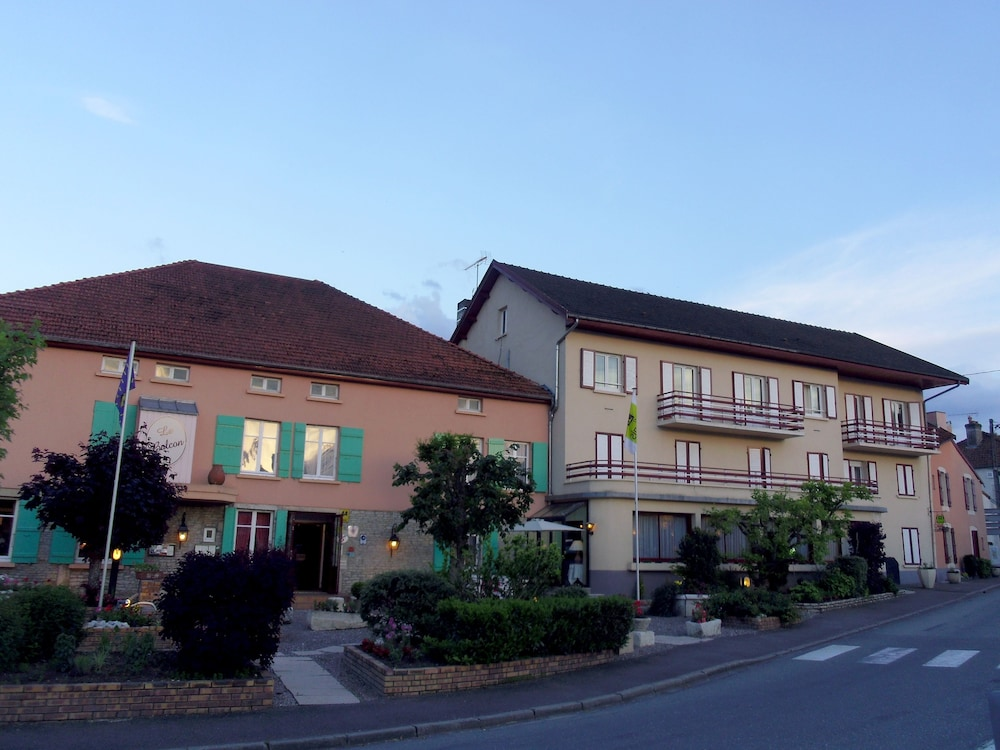 Front of Property, Logis Hotel Le Balcon