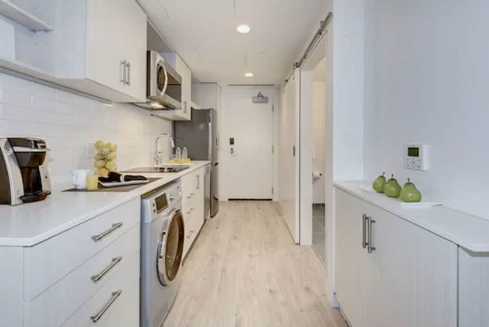 Private Kitchenette, Ampeer Luxury Residences