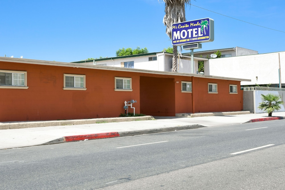 Featured Image, Merle Motel