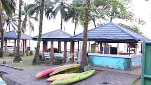 Plage, massages sur la plage