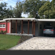 Mid-century Chic in Old Orlando's College Park