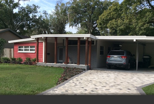 Mid-Century Chic in College Park van Old Orlando