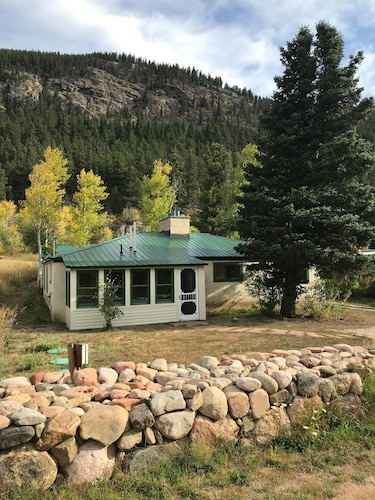 East Eldora - Easy Access, Close to Ski Area, All New!