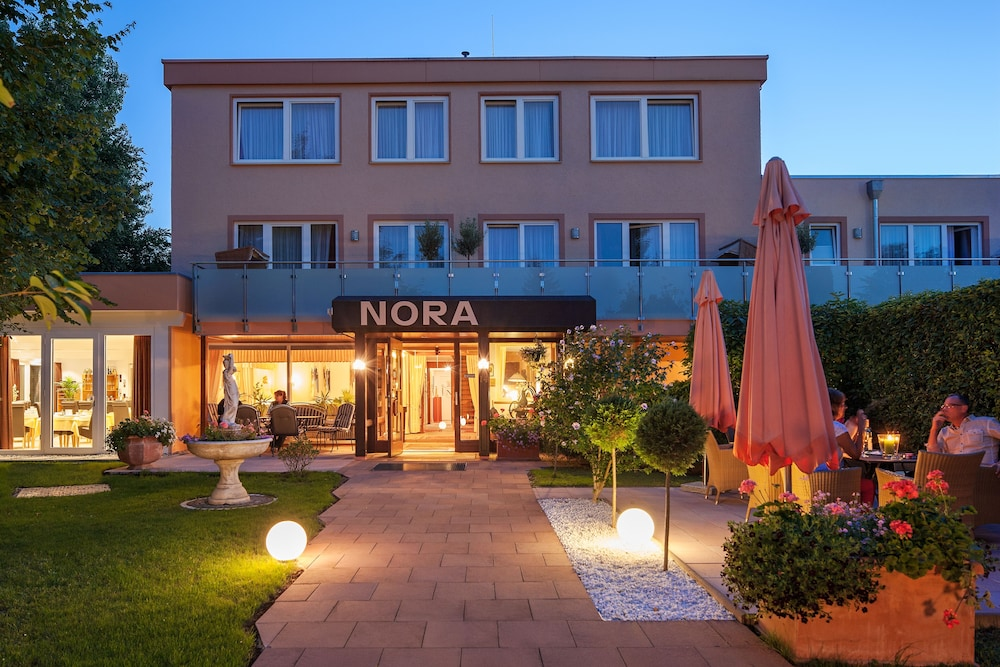 Front of Property - Evening/Night, Hotel Nora