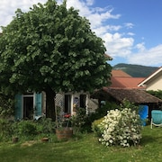 House With 3 Bedrooms in Voiron, With Wonderful Mountain View, Furnished Garden and Wifi - 30 km From the Slopes