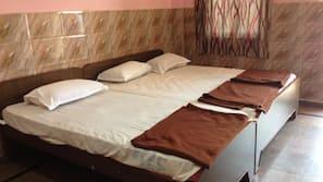 2 bedrooms, pillow top beds, minibar, in-room safe