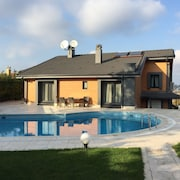 7BR Private Pool Villa Sariyer Zekeriyakoy Luxus